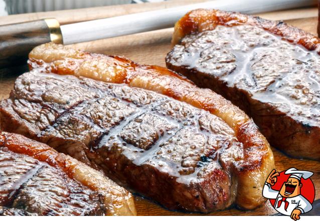 Camarão no alho e óleo 400g para 2 pessoas (acompanha baião ou arroz branco, batata frita ou macaxeira frita) por apenas R$34,90