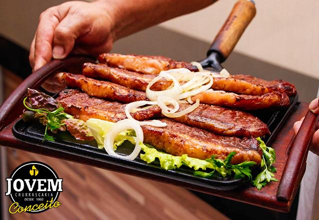 Picanha Suína acompanhado com baião ou arroz, batata frita ou macaxeira, farofa e vinagrete para 2 pessoas por apenas R$34