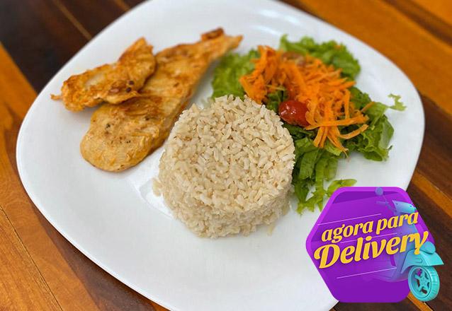 Comida saudável sem sair de casa! Prato executivo de R$18 por apenas R$14,40 na Seven Salads. Válido para Delivery!