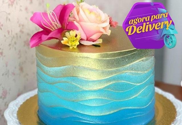 Bolo Naked Cake, Chantinho ou Pasta Americana com 10 fatias de até R$90 por apenas R$69,90