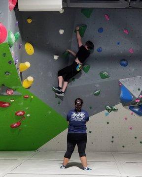 These Freedom High School girls have been crushing their training!! #indoorclimbing  #climbingteam #downtownmorganton
