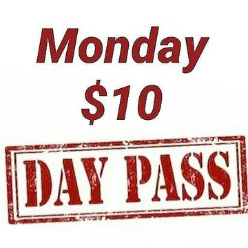 Closing today at 7pm so get in early!!  Monday $10 day pass. #mondayvibes #mondaymotivation #mondayworkout