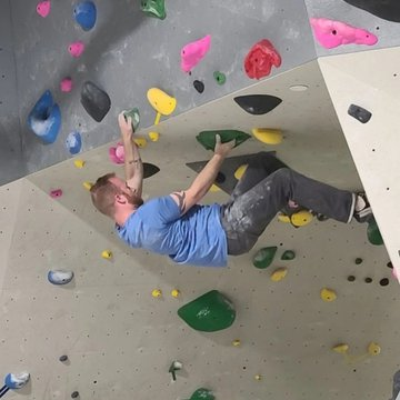 Are feeling stuck at a certain grade level in the gym? Check out the clinics we have this week... V5-V6 on Tuesday and V3-V4 on Thursday. The clinics will cover a complete list of all climbing techniques you would find in our gym as well as body positioni