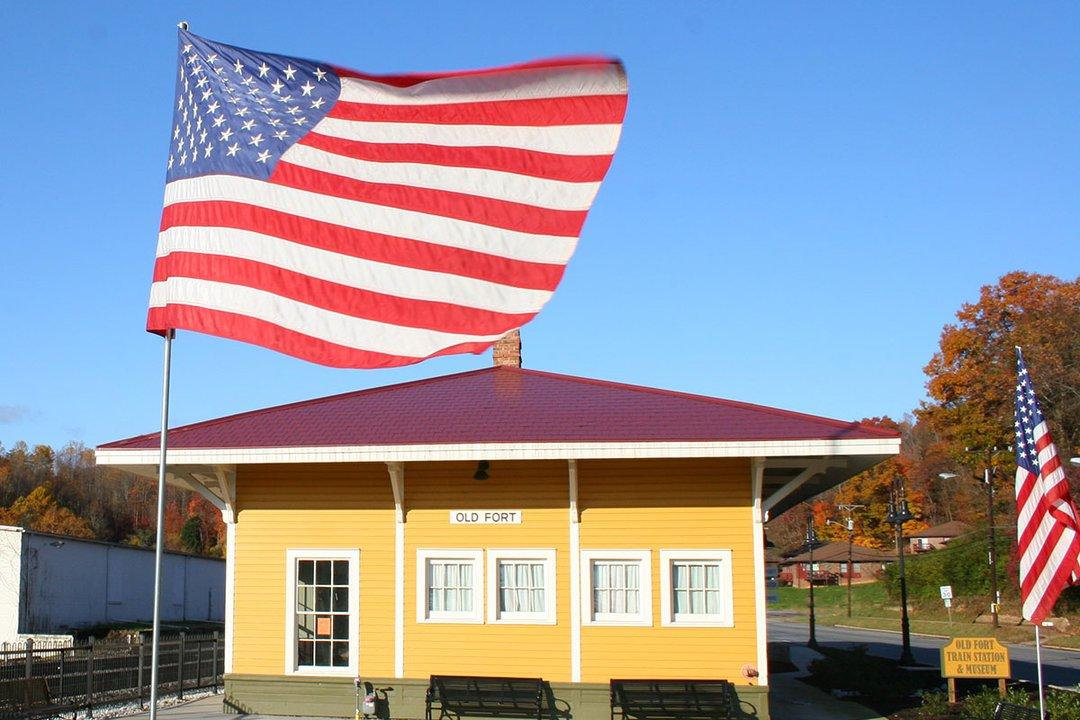 Old Fort Arrowhead.jpg