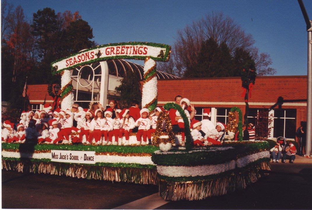 christmasparade2002.jpg