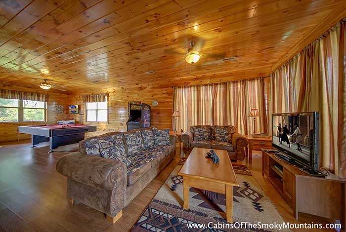 Pigeon Forge Cabin 6 Suites Lodge From