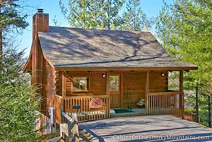 Pigeon forge cabin a private getaway 1 bedroom sleeps 2 for 1 bedroom cabin pigeon forge