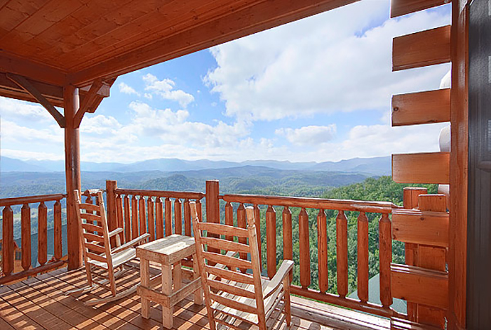 Pigeon Forge Cabin Above And Beyond 1 Bedroom Sleeps 6