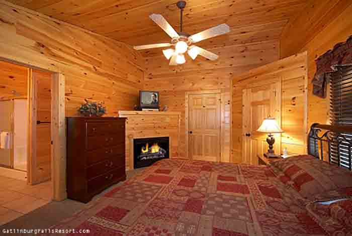 Gatlinburg Cabin Absolute Adventure 1 Bedroom Sleeps 4