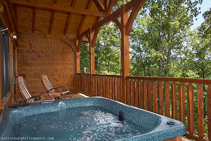 gatlinburg cabin antlers ridge 1 bedroom sleeps 6 jacuzzi