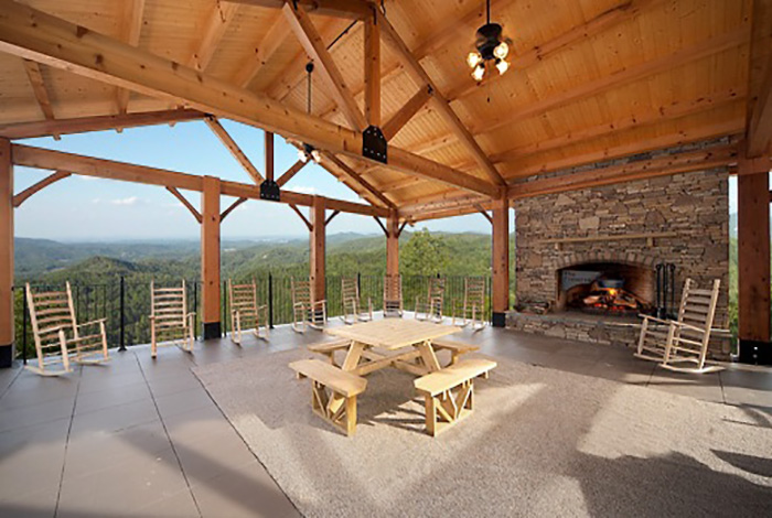 Wears valley cabin award winning views 4 bedroom for Discount smoky mountain cabin rentals