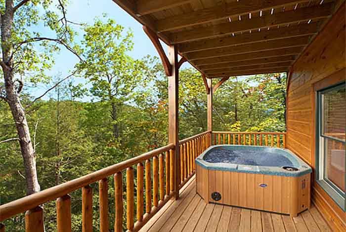 Gatlinburg cabin bear cave 3 bedroom sleeps 10 - Gatlinburg falls resort swimming pool ...