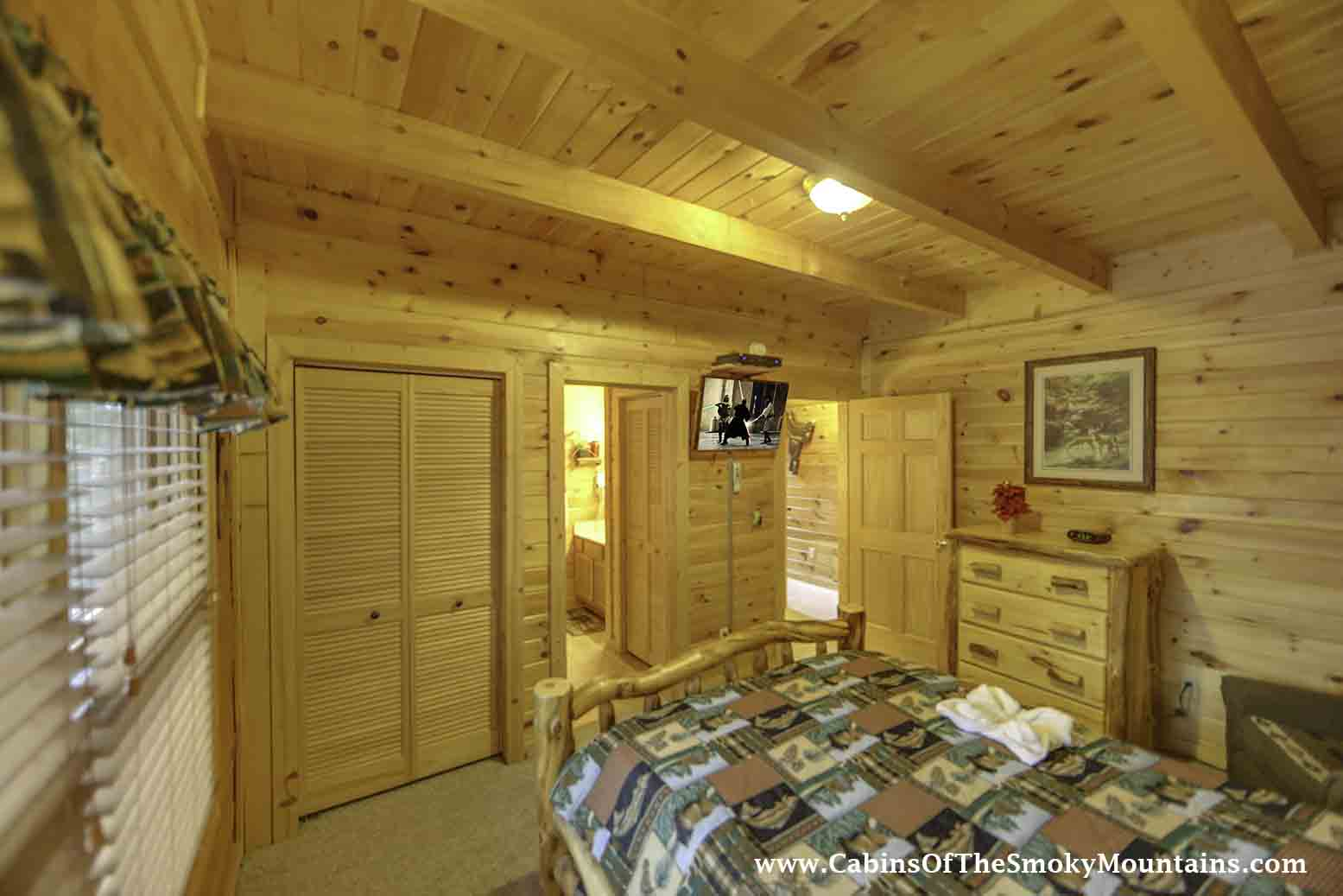 Pigeon Forge Cabin Bear Country 2 Bedroom Sleeps 8