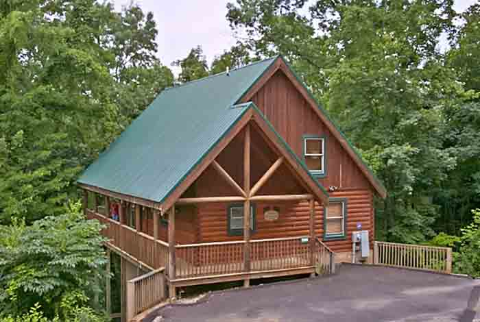 forge property picture majestic photos pet cabin friendly amazing rental in pigeon rentals cabins gatlinburg tn oaks