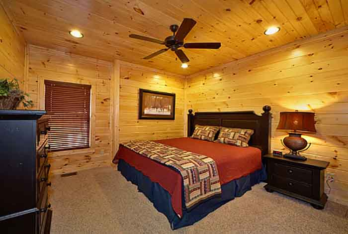 Gatlinburg cabin bearly time 2 bedroom sleeps 8 for 8 bedroom cabins in gatlinburg