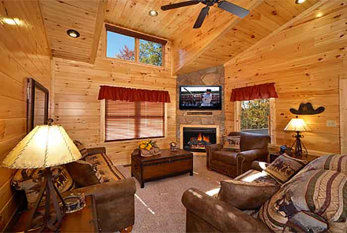 Pigeon forge cabin bearly time 2 bedroom sleeps 8 for 2 bedroom cabin in pigeon forge