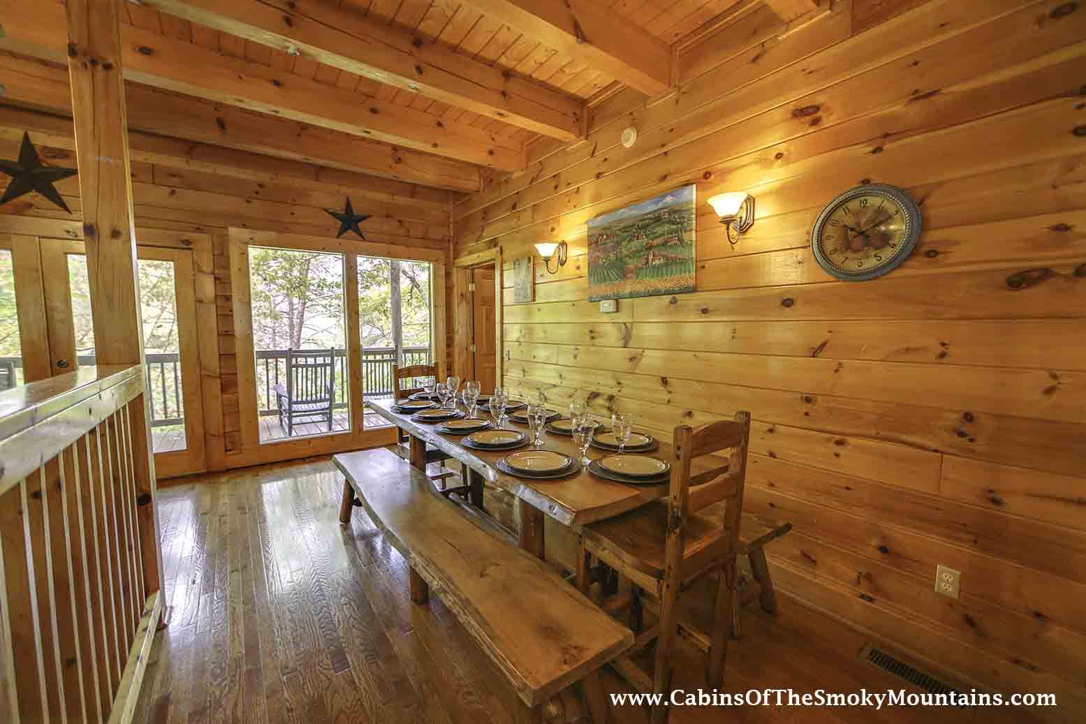 Pigeon forge cabin big bear retreat 7 bedroom sleeps 30 for Big bear retreat cabins