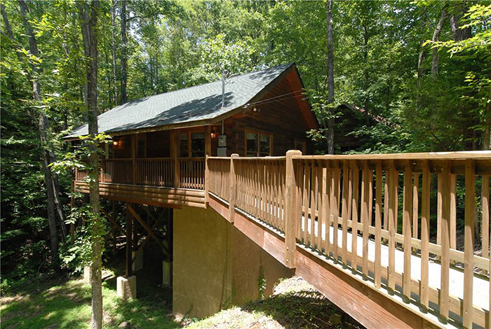 Pigeon forge cabin creekside paradise 1 bedroom sleeps 4 - 3 bedroom cabins in gatlinburg tn cheap ...