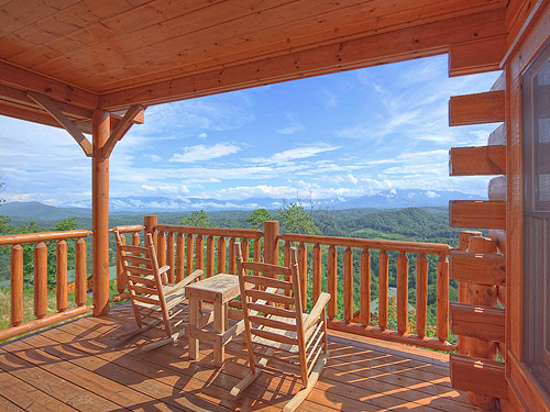Pigeon forge cabin absolute perfect 1 bedroom sleeps 8 jacuzzi for One bedroom cabins in smoky mountains