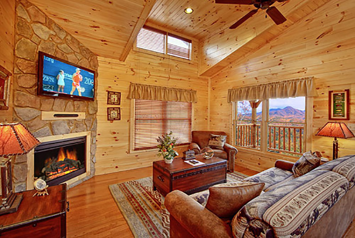 Gatlinburg cabin quality time from for Pigeon forge cabin coupons
