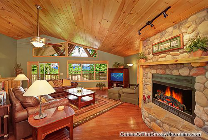 Gatlinburg cabin riversong ridge 3 bedroom sleeps 8 for 8 bedroom cabins in gatlinburg