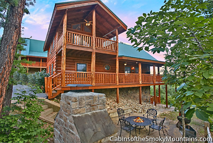 Pigeon forge cabin running bear 4 bedroom sleeps 14 for Rent cabin smoky mountains