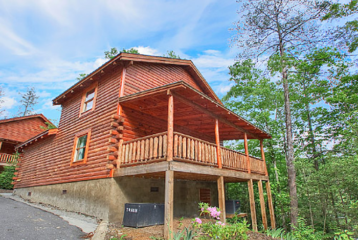 Gatlinburg cabin good times 2 bedroom sleeps 6 for Endless joy cabin gatlinburg