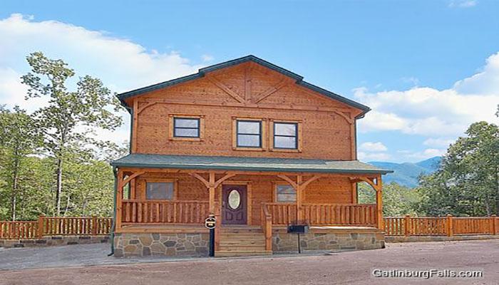 Gatlinburg cabin greenbriar lodge 4 bedroom sleeps 12 for Premier smoky mountain cabin rentals