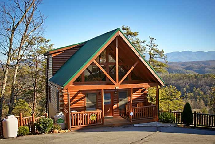 Pigeon Forge Cabin - Grin n\' Bear It - 4 Bedroom - Sleeps 12