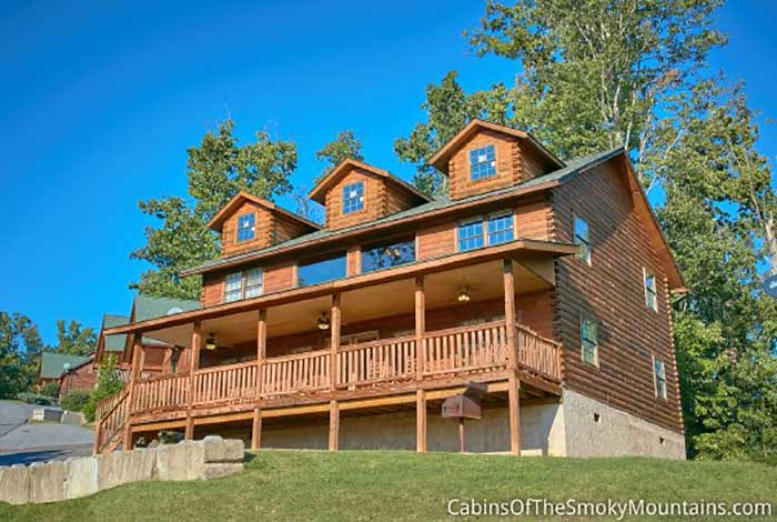 Pigeon Forge Cabin - Hawk's Nest - 6 Bedroom - Sleeps 18