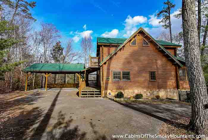 Pigeon forge cabin smoky bear 39 s den from for Deals cabins gatlinburg tn