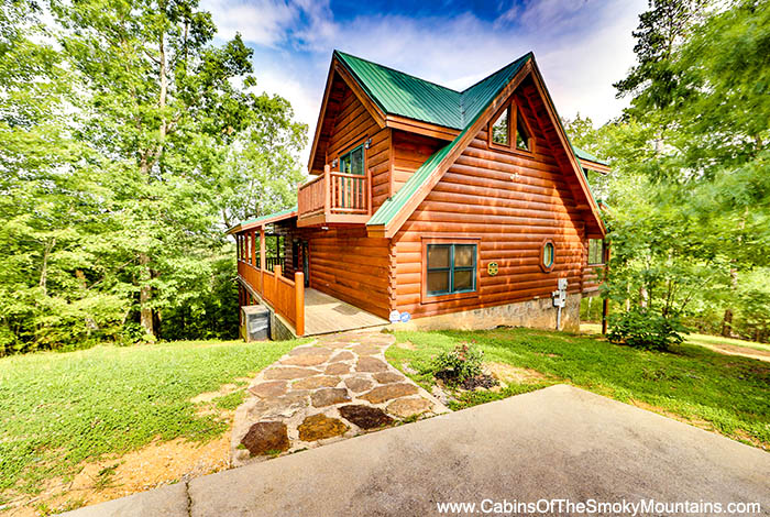 pigeon forge cabin hidden bear lodge from