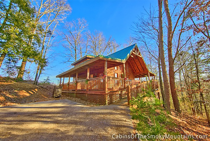 Pigeon forge cabin hidden haven 1 bedroom sleeps 6 for Deals cabins gatlinburg tn