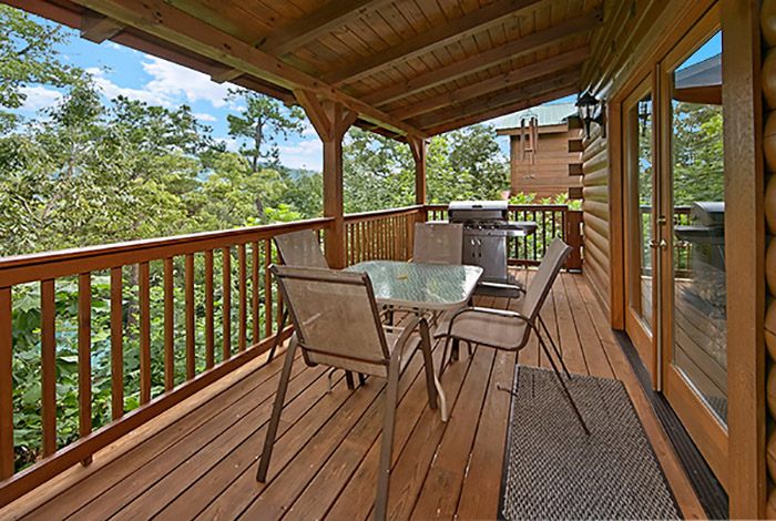 Gatlinburg cabin smoky mountain ridge 3 bedroom for Smoky mountain ridge cabins