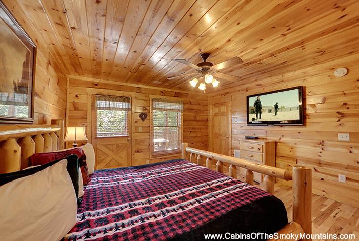 Pigeon Forge Cabin Irish Mist 3 Bedroom Sleeps 10