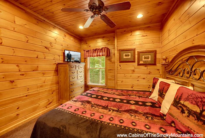 Gatlinburg Cabin It Takes Two 2 Bedroom Sleeps 8