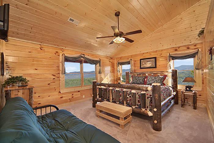 Pigeon Forge Cabin - Legacy Lodge - 12 Bedroom - Sleeps 58