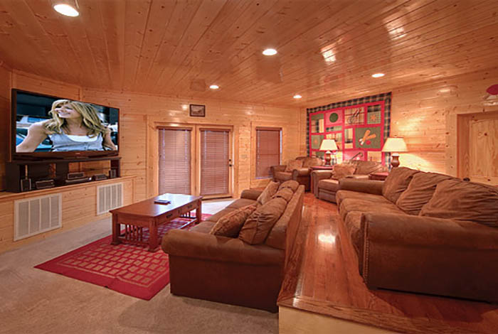 pigeon forge cabin legacy mansion 12 bedroom sleeps 58 jacuzzi