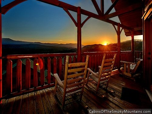 Pigeon forge cabin the view and a theater from for Luxury pet friendly cabins pigeon forge