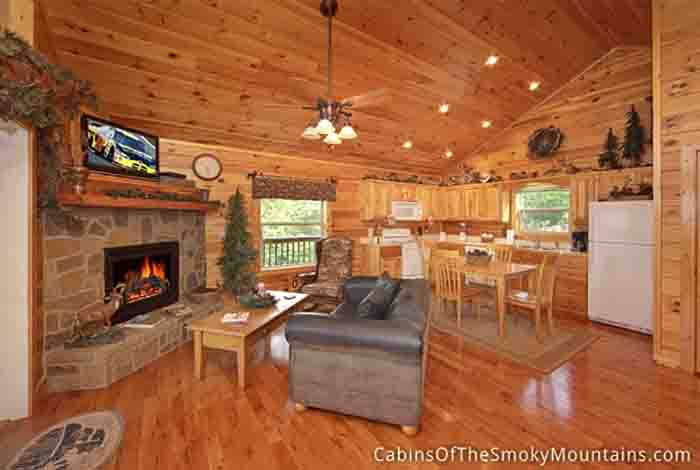 Pigeon forge cabin lover 39 s lookout from for Pigeon forge cabin coupons