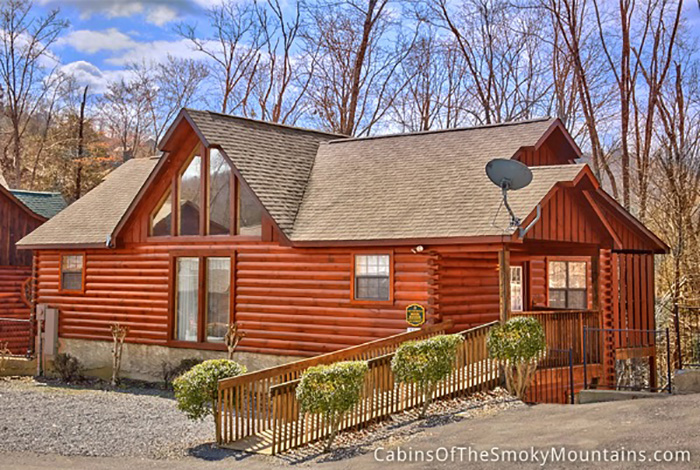 Pigeon forge cabin moon dancer 4 bedroom sleeps 12 for Cabins for rent in gatlinburg and pigeon forge