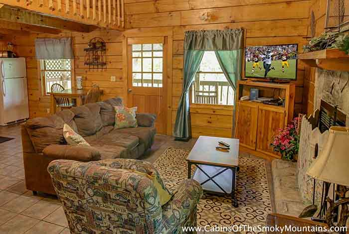 Pigeon forge cabin mountain flower 1 bedroom sleeps for Mountain flower cabin pigeon forge