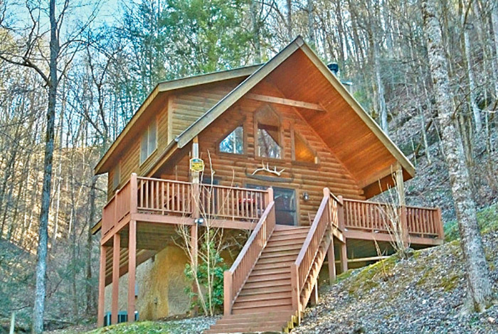 Pigeon Forge Cabin - Tucked Inn - 2 Bedroom - Sleeps 8
