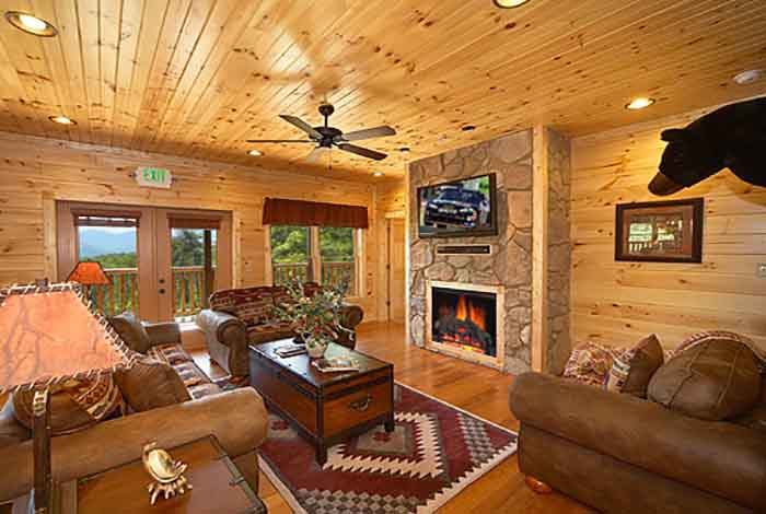 Gatlinburg cabin mountain mist lodge 8 bedroom for 8 bedroom cabins in gatlinburg
