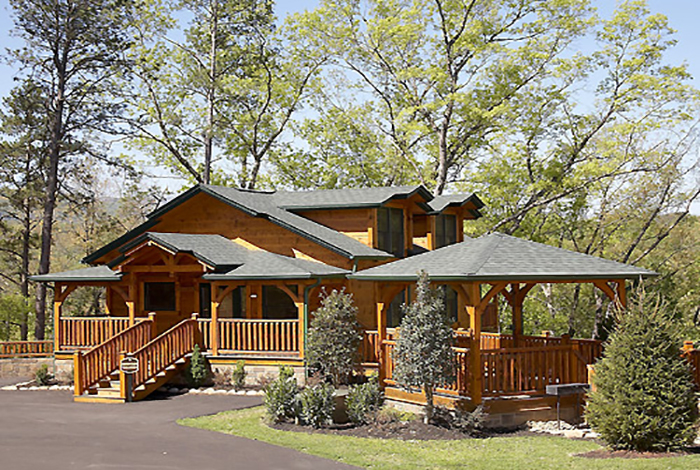 Gatlinburg cabin mountain treasure 2 bedroom sleeps 8 for Cabin rental smokey mountains