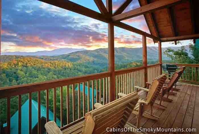 Pigeon forge cabin view of paradise 2 bedroom sleeps 6 for Gatlinburg dollywood cabins