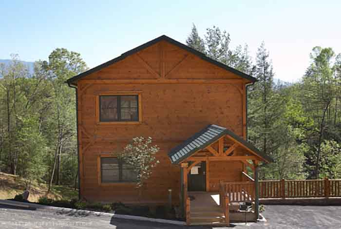 Pigeon forge cabin views to die for 3 bedroom sleeps 10 for 10 bedroom cabins in tennessee