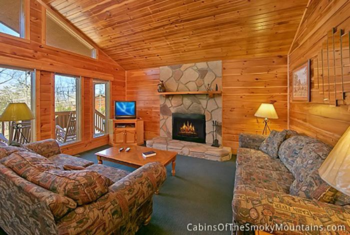 Pigeon Forge Cabin Wooded Wonderland 2 Bedroom Sleeps 6