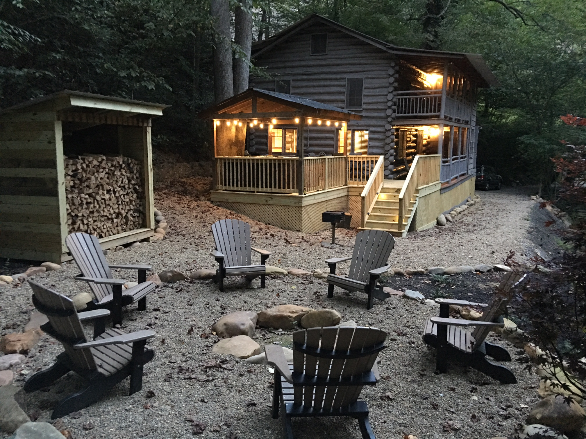 Pigeon forge cabin waterfall 39 s edge from for Pigeon forge cabin coupons