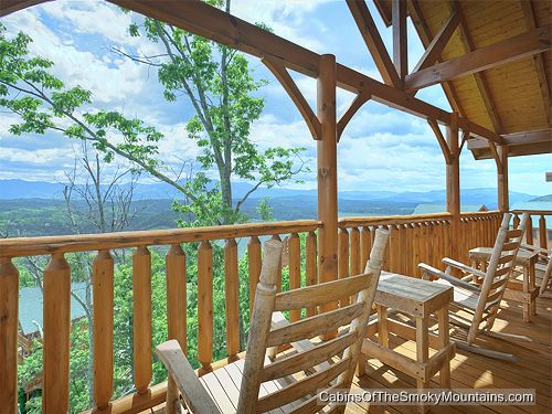 Pigeon forge cabin scenic sunrise 2 bedroom sleeps 11 for Premier smoky mountain cabin rentals